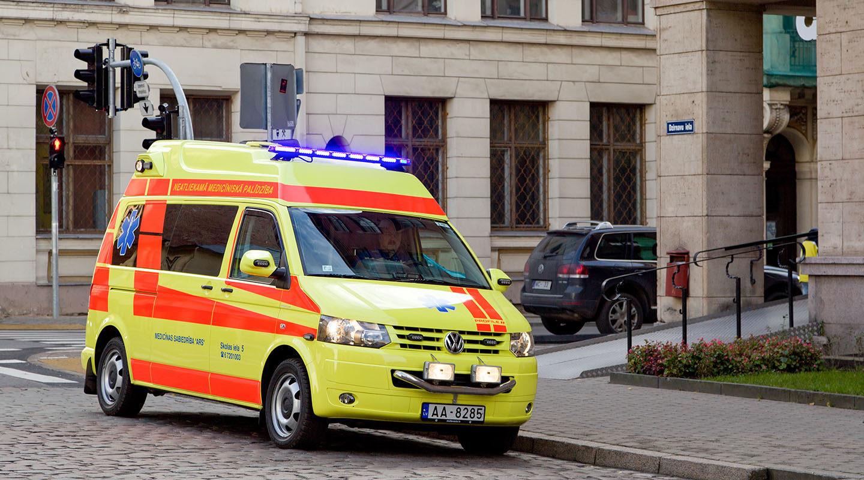 ARS neatliekamās medicīnas palīdzības brigāde