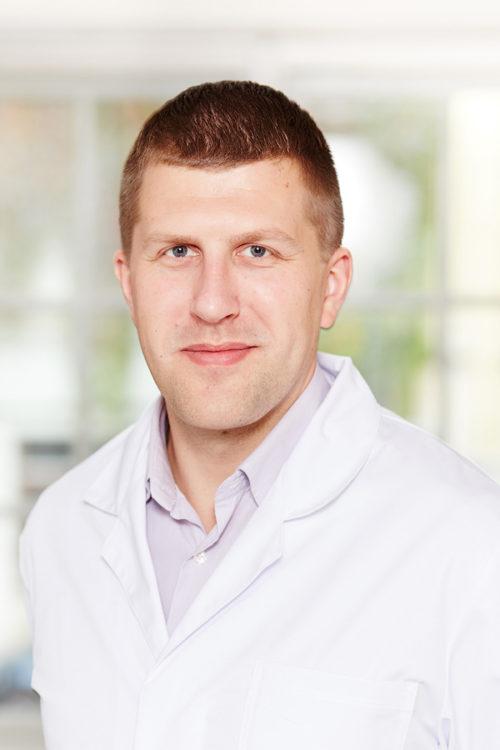 oskars-jakusenoks-Urologs