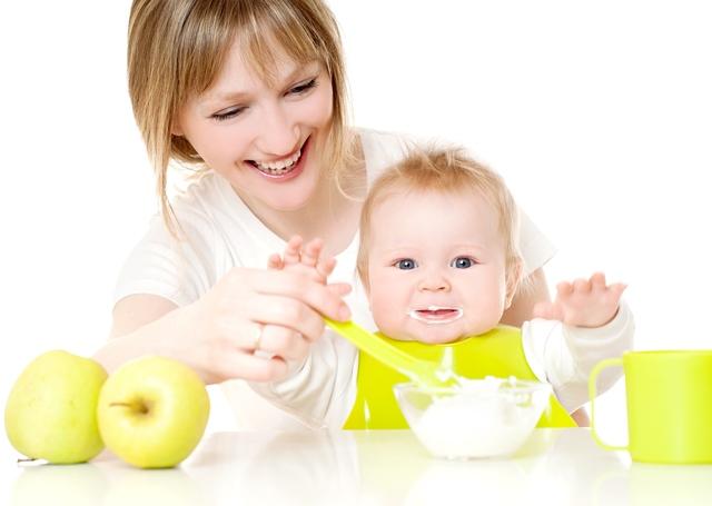 28. maijā lekcija par mazuļa piebarošanu
